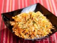 Салата с китайско зеле, боб, лютеница и царевица